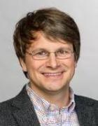 Photo von Prof. Dr. rer. nat. Bastian Märkisch.