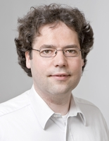 Photo von Univ.-Prof. Dr. Jan Jakob Wilkens.